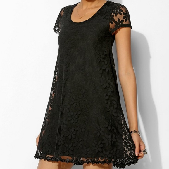 Urban Outfitters Dresses & Skirts - Urban Outfitters Kimchi Blue Lace Dress | Small